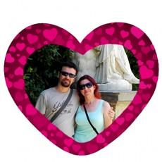 Mor Kalplerle Süslü Sevgili Kalp Magnet (14x13 cm)