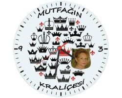Anneler Gününe Özel Fotoğraflı Mutfağın Kraliçesi Duvar Saati (Cam 29cm)