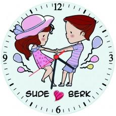 Sevgililer Günü Hediyesi - Aşık Sevgililer İsimli Duvar Saati