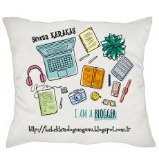 Blogger'a Özel Yastık - Blog Yazarına Hediye